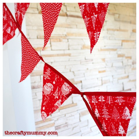 bunting tutorial red white Christmas