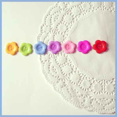 buttons flowers doily