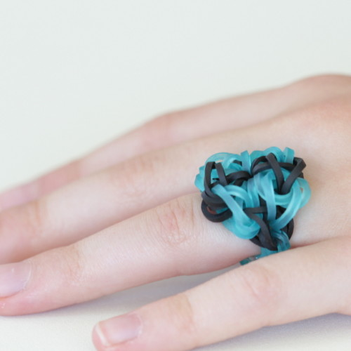 rainbow loom ring black turquoise