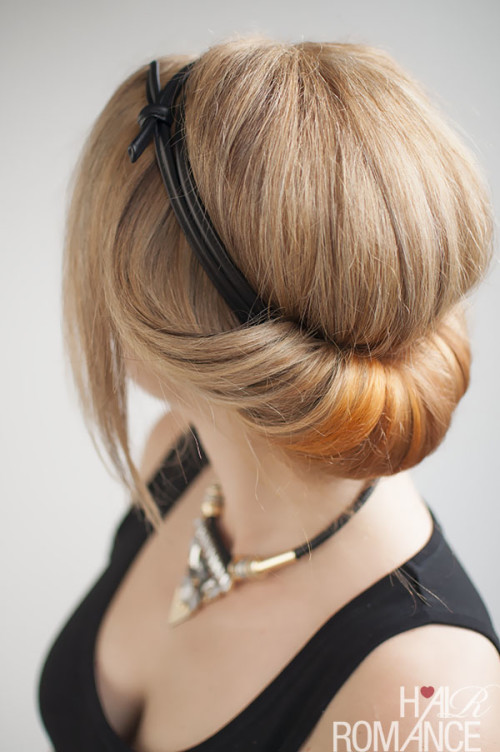 Hair-Romance-how-to-do-a-headband-rolled-updo