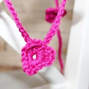 crochet heart pink